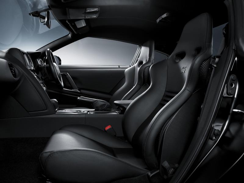nissan gt r spec v 40 unidades para europa auto sprint. Black Bedroom Furniture Sets. Home Design Ideas