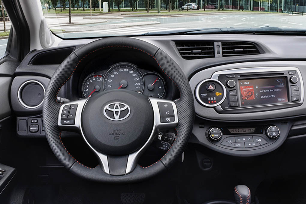 Toyota Yaris 2011 | Auto Sprint