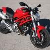 Ducati Monster 696 tres cuartos
