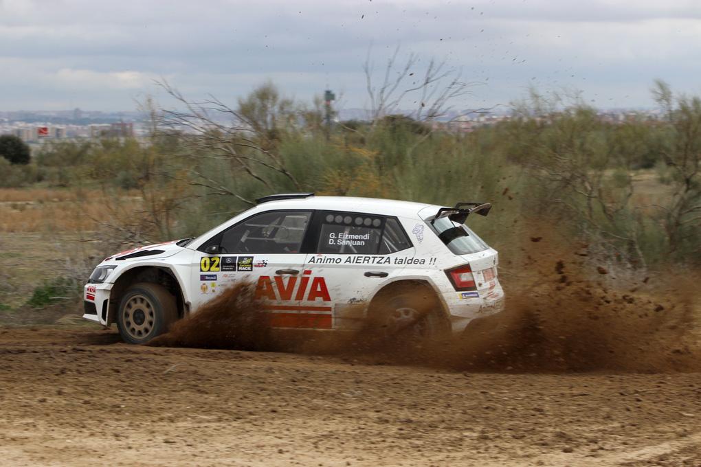 Ford Fiesta R5 tierra