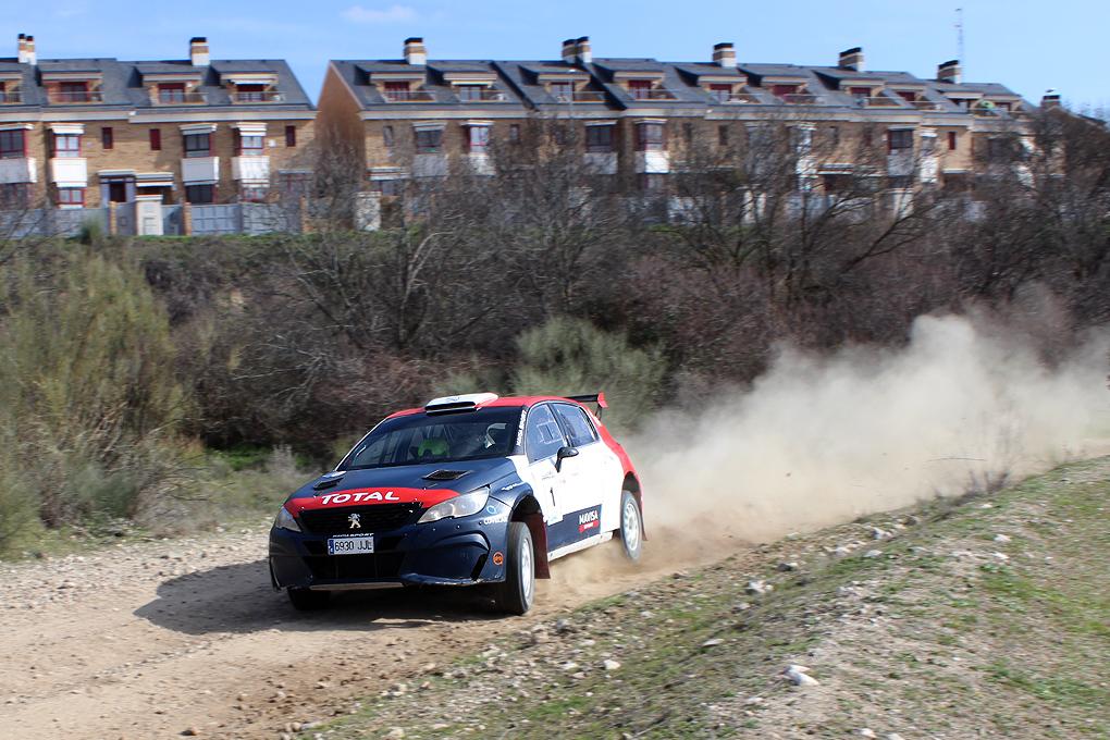 Marban-Ferrero vencedores con el Peugeot de la primera prueba de la temporada