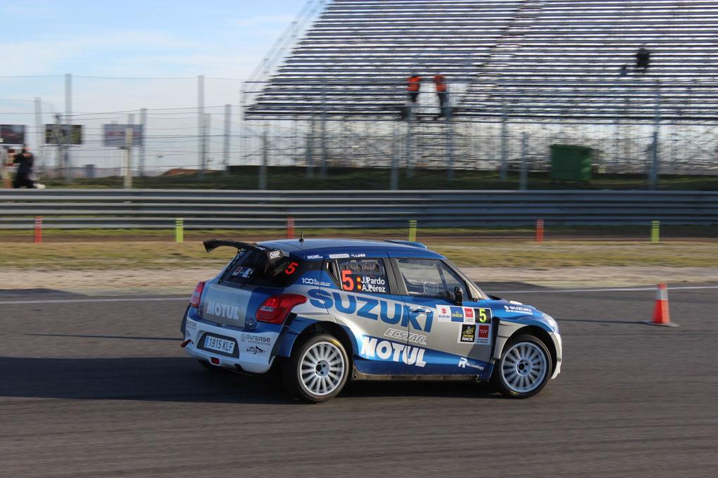 Pardo con el Suzuki en el Rally de Madrid 2020
