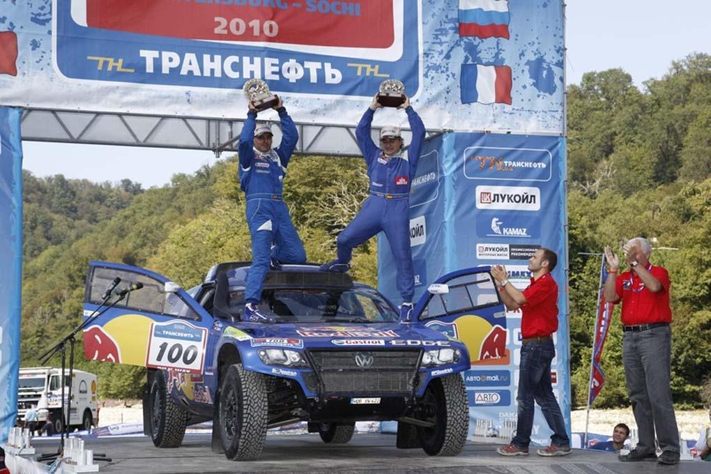 Carlos Sainz y Lucas Cruz en Rusia