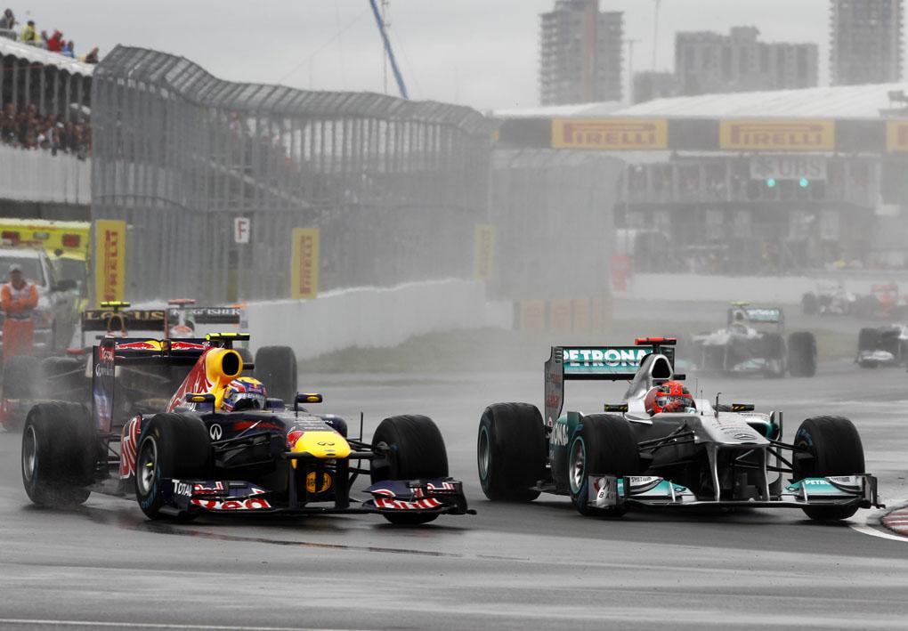 Mark Webber, Red Bull Racing y Michael Schumacher, Mercedes GP