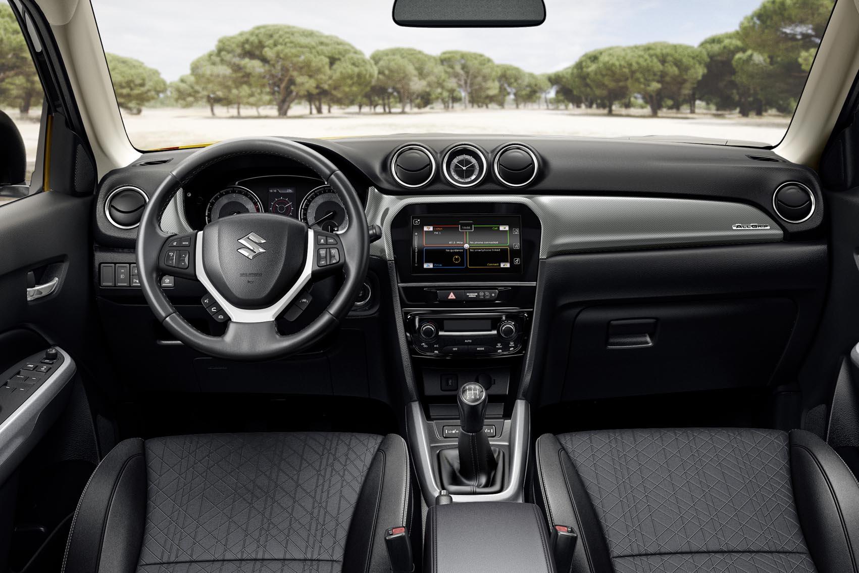 Interior del Suzuki Virara 2018