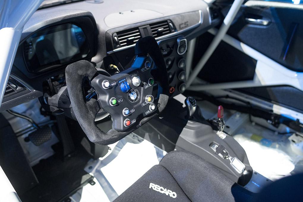 Interior del BMW M2 CS Racing