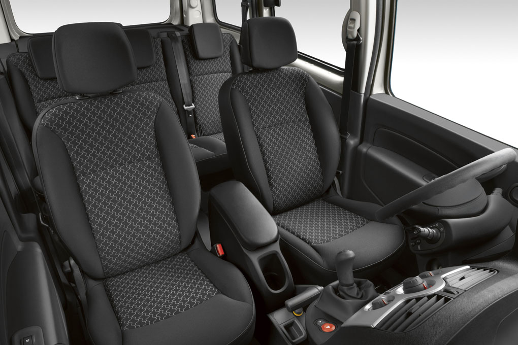 Renault Kangoo 2011 interior