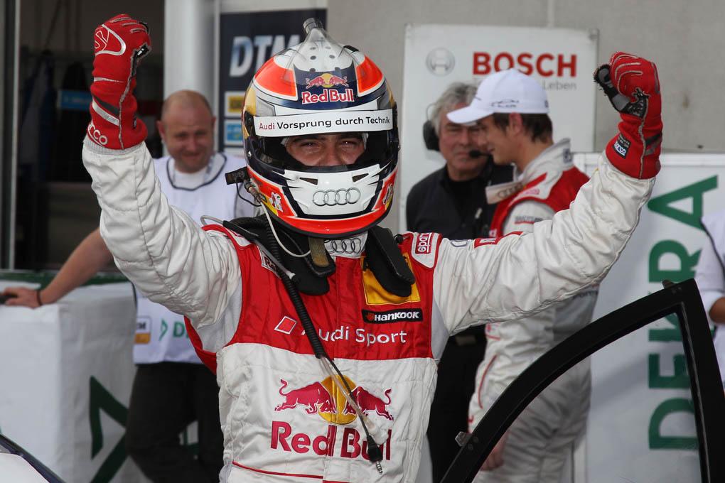 Celebración de Miguel Molina en el DTM