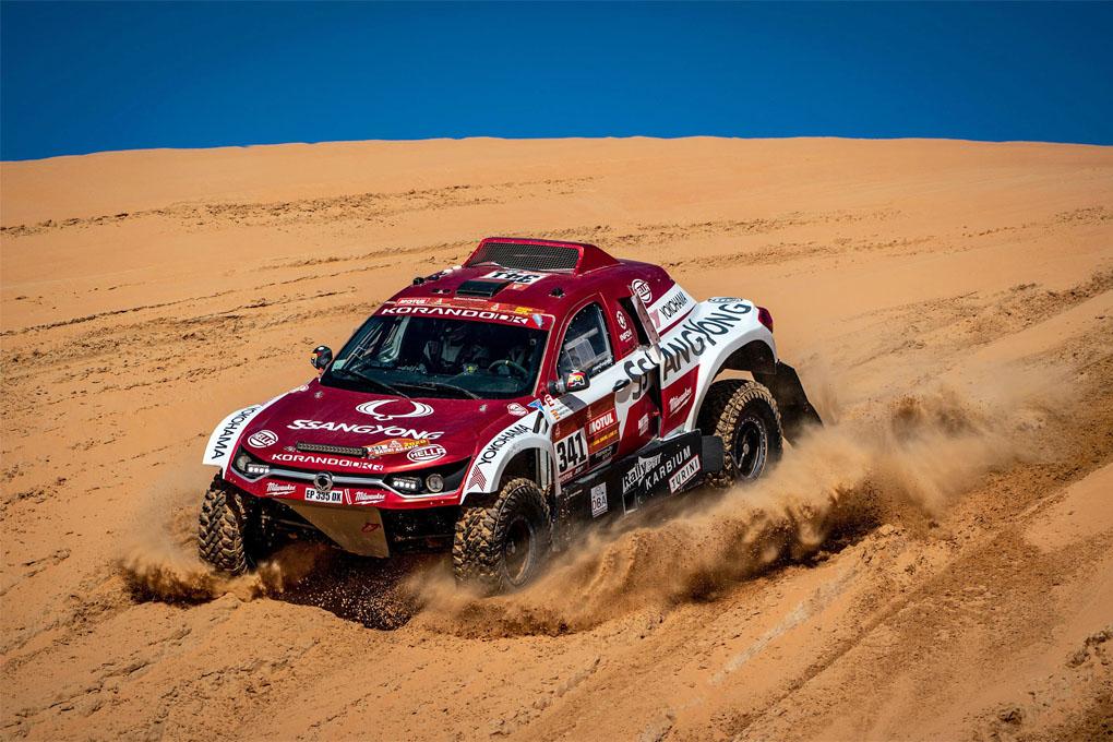 Oscar Fuertes, tercer español en el Dakar 2020