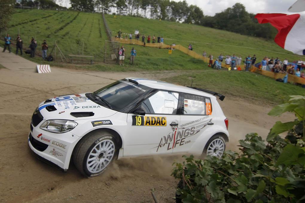 VW prueba pilotos para el WRC
