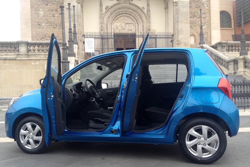 Apertura de puertas del Suzuki Celerio