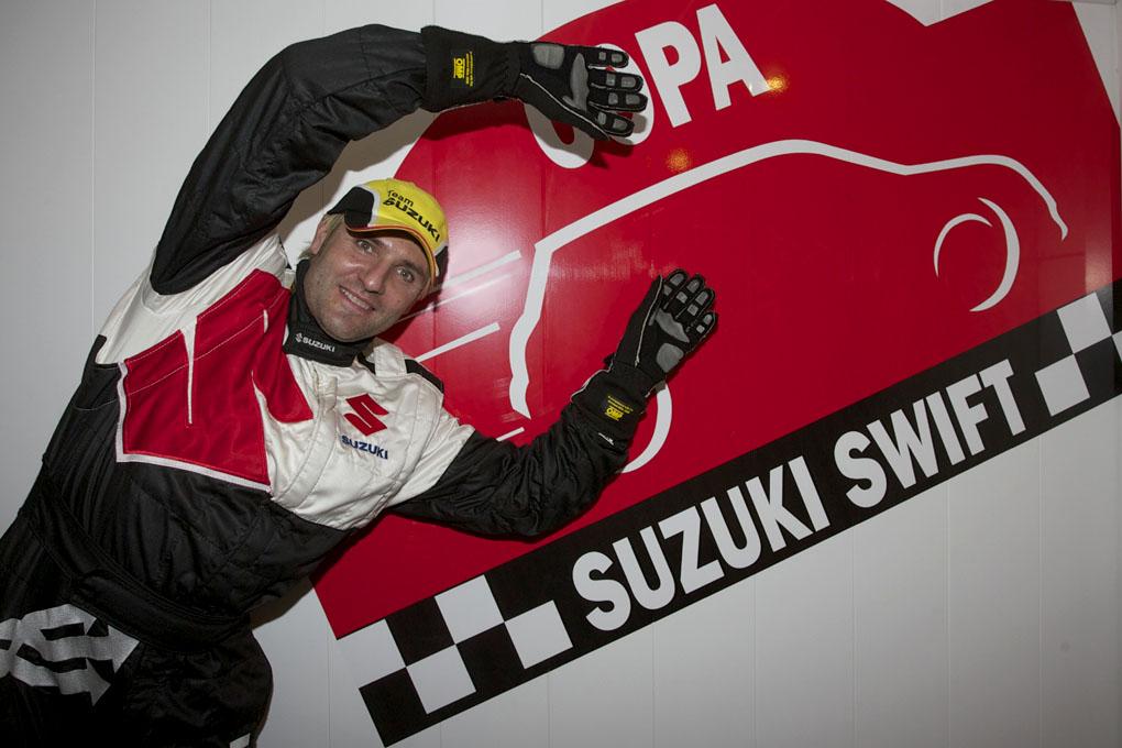 Santi Cañizares Suzuki Swift 2011