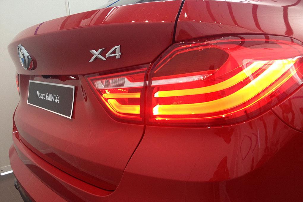 BMW X4 detalle parte trasera